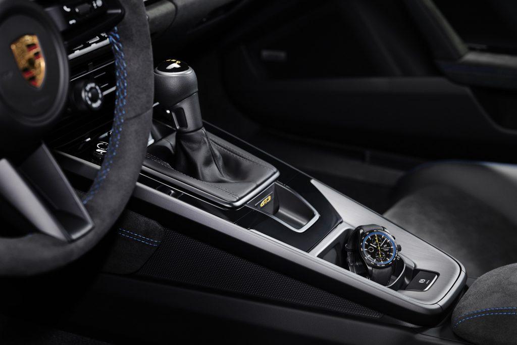 Pro ještě větší zážitek je Porsche 911 GT3 dodáváno také se šestistupňovou manuální převodovkou