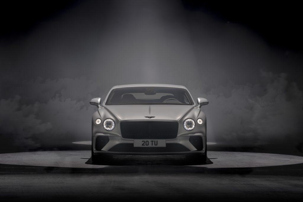 Třetí generace modelu Continental GT Speed představuje ultimátní kombinaci luxusu a výkonu