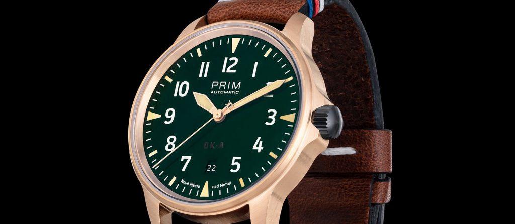 Hodinky PRIM OK-A v bronzu tvoří série 100 kusů
