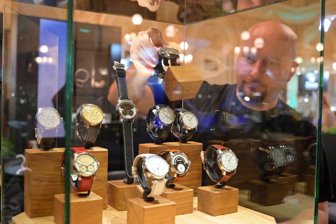 Pražský palác Žofín bude po druhéhostit výstavu Salon Exceptional Watches